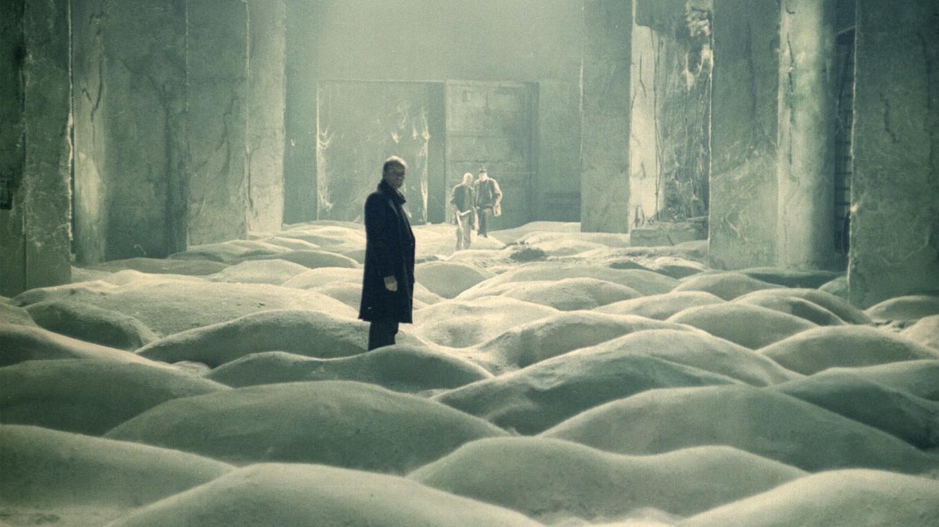 Alexander Kaidanovsky's unnamed character enters the Room in 'Stalker'