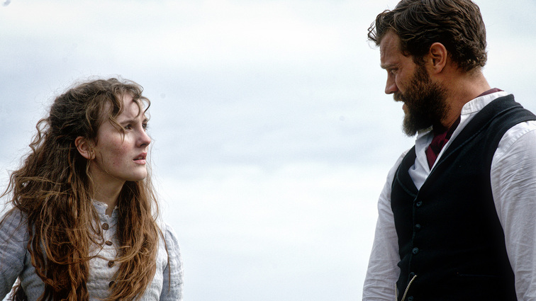 death-and-nightingales-ann-and-jamie