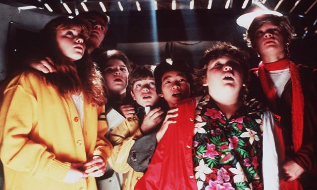 the-goonies-movie-christmas-netflix