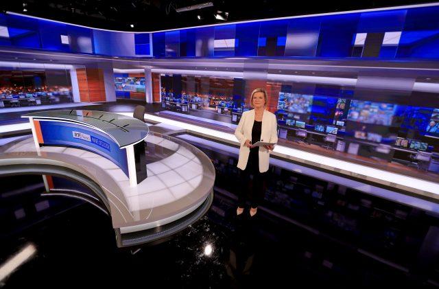RTE-News-Studio-Jan-2019-Eileen-Dunne-1