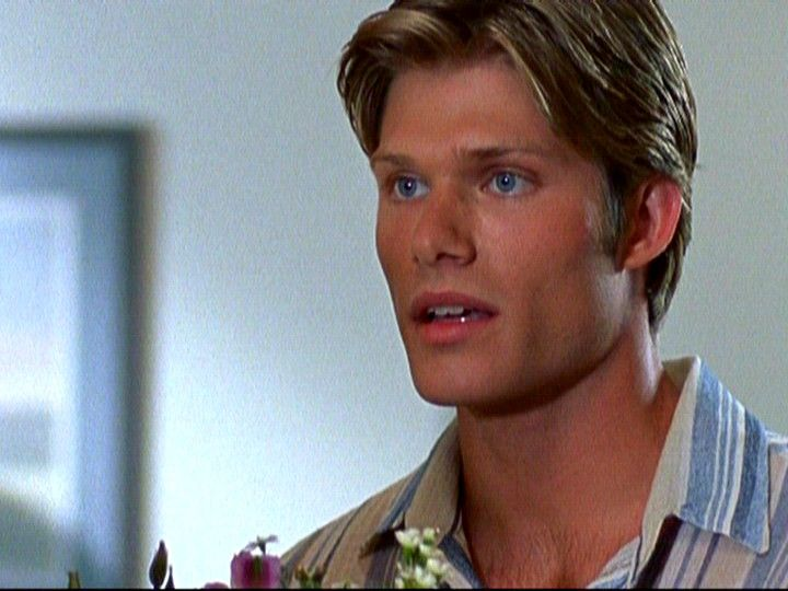 Chris Carmack as Luke Ward on 'The OC'
