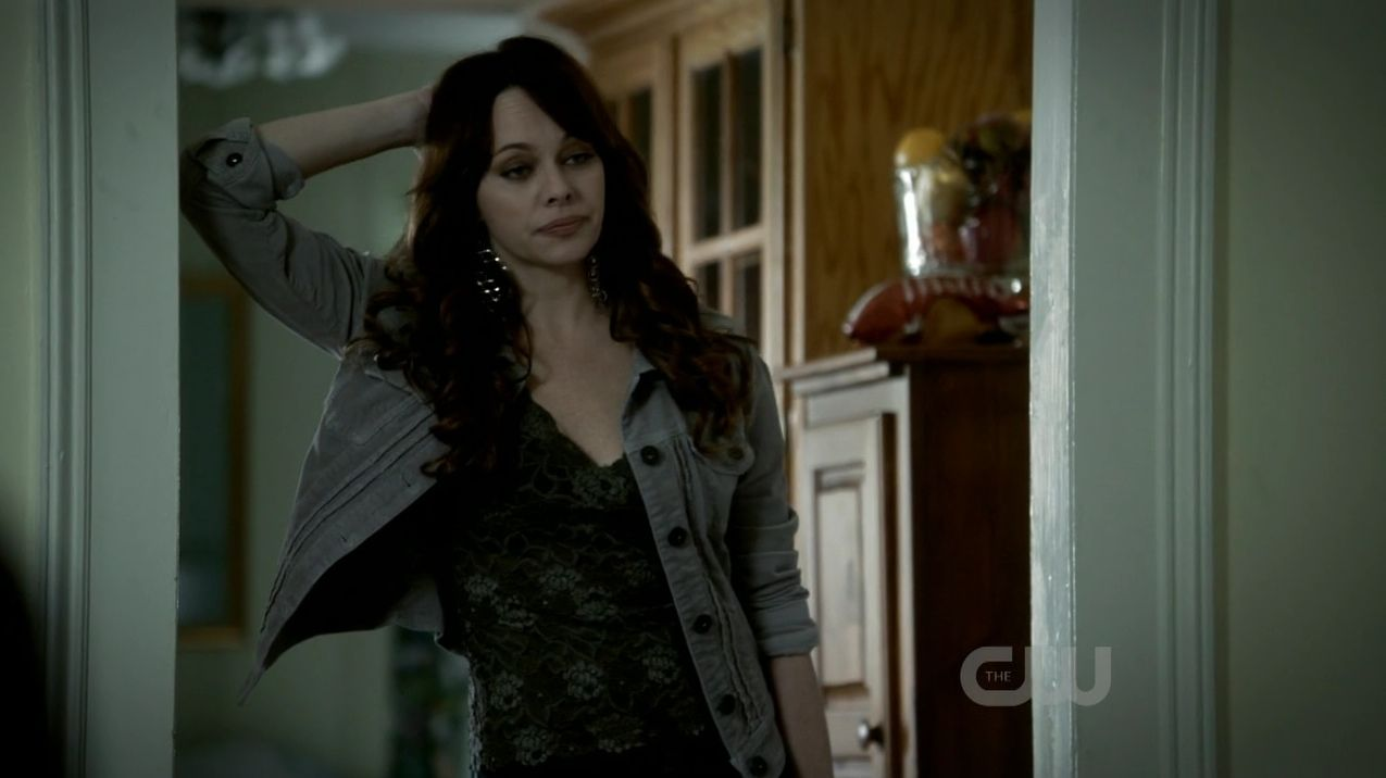 Melinda Clarke as Kelly Donovan in 'The Vampire Diaries'