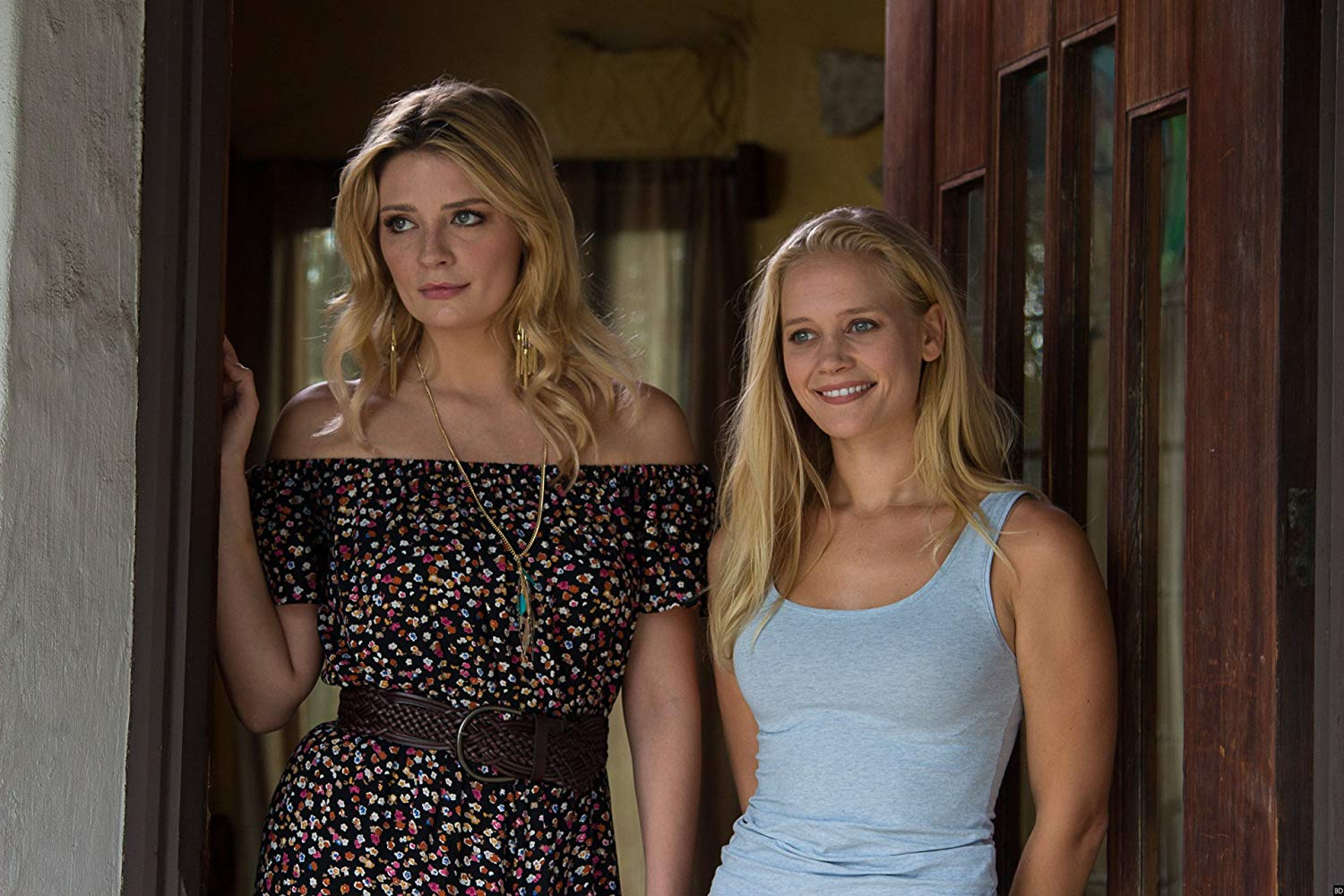 Mischa Barton and Carly Schroeder in Ouija House