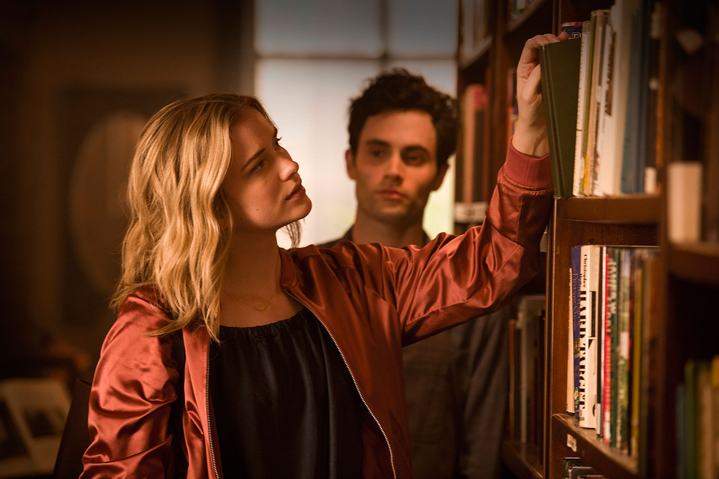Elizabeth Lail & Penn Badgely You