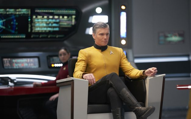 Captain Pike re-assumes command of the USS Enterprise at the end of 'Star Trek: Discovery'