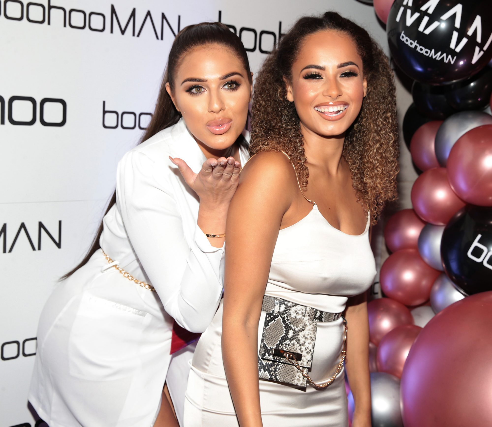 Guests enjoyed Prosecco ,cocktails and canapés throughout the night. Ice cream was served also in branded tubs in a nod to boohoo's new podcast 'Get the Scoop' with host Maura Higgins.