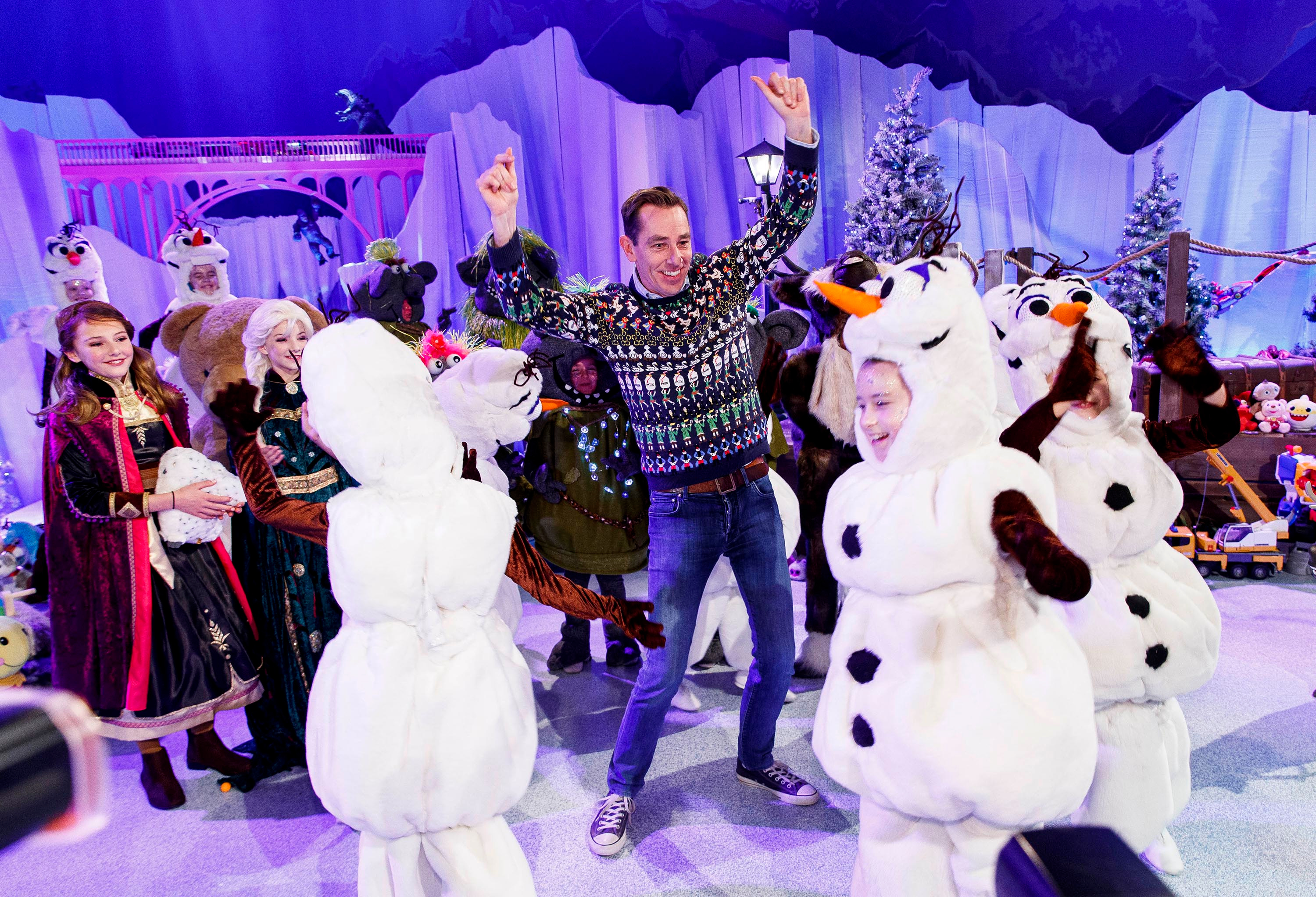 Ryan Tubridy pictured on the 2019 Late Late Toy Show 'Frozen' themed set.