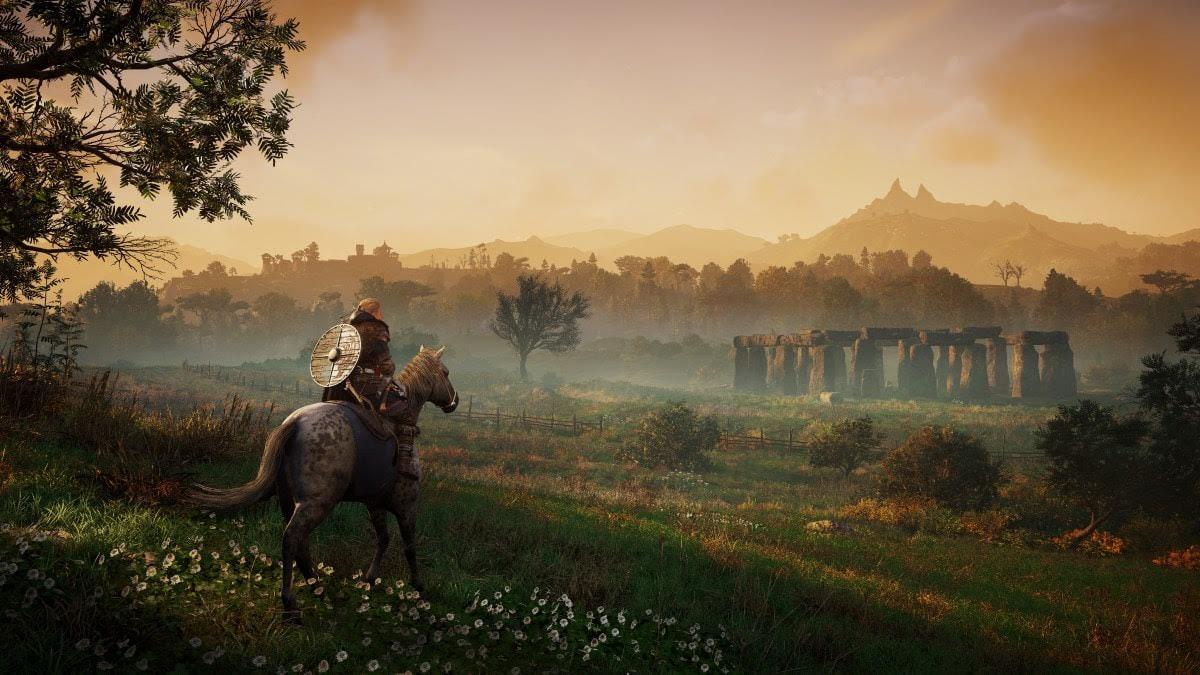 Eivor approaches Stonehenge / Credit: Ubisoft